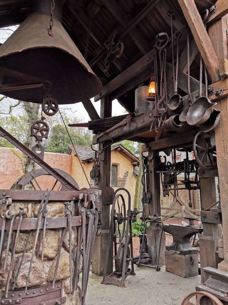 ancienne forge américaine frontierland